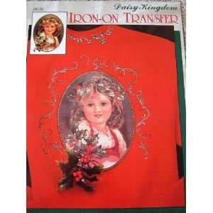 HOLLY CROWN   IRON ON TRANSFER   NOSTALGIC CHRISTMAS COLLECTION FROM