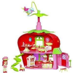 Strawberry Shortcake Playset   Berry Cafe: Toys & Games
