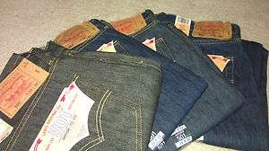 Levis 501 Straight Leg Button Fly Jeans (Mens) Brand New
