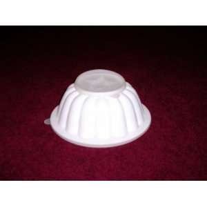 Tupperware Rare Vintage White Jello Mold: Home & Kitchen