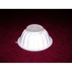 Tupperware Rare Vintage White Jello Mold: Home & Kitchen