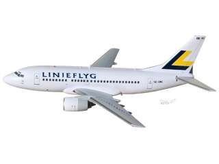 Boeing 737 800 Linjeflyg Wood Desktop Airplane Model