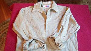 services Team Wear mens khaki work shirt M