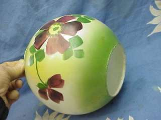 693 ANTIQUE GONE WITH THE WIND KEROSENE LAMP SHADE GLOBE 4 FITTER