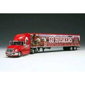 Nebraska Cornhuskers Plastic Team Tractor Trailer
