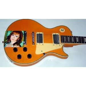 Reba McEntire Autographed Signed Keep On Loving You Guitar