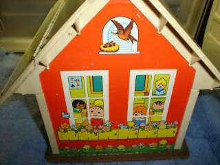 VINTAGE FISHER PRICE PLAY FAMILY SCHOOL HOUSE