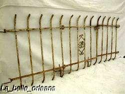 CUTE 3 PIECE IRON GARDEN/FRONT YARD FENCE W/GATE