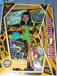 Monster High 4 Doll Lot Frankie Cleo Draculara Clawdeen