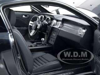 18 scale diecast car model 2008 ford mustang gt bullitt black die cast