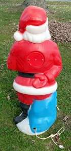 VINTAGE 1971 EMPIRE PLASTIC SANTA CLAUS LIGHTED BLOW MOLD W/ PRESENT