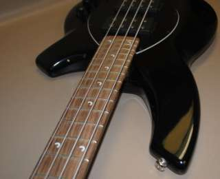 ERNIE BALL MUSICMAN BONGO 4 STRING BASS ELECTRIC GUITAR _ 4 33369