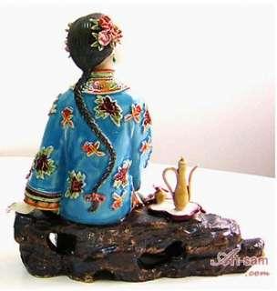 Porcelain Figurine Japanese Kimono Geisha Lady   Playing Bird