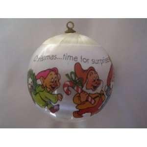 Disney Snow White & the Seven Dwarfs Christmas Ball Ornament ; 1982