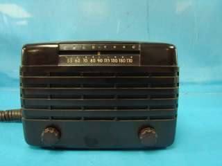 Vtg Tube Radio Tele Tone Model 135 Space Age Plays 1947 RCA Table Top