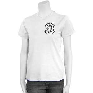 New York Yankees Ladies White Contrast Hem Basic T shirt