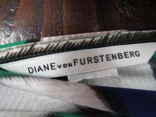 Diane Von Furstenberg Green/Blue/Beige Printed V Neck Sleeveless
