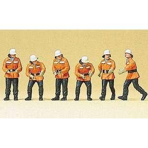 Figuren Feuerwehrmänner im Einsatz, Modellauto, Fertigmodell, Preiser