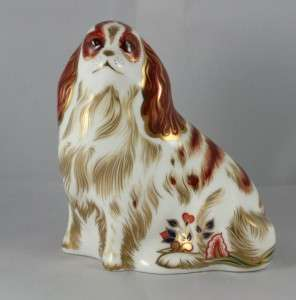 ROYAL CROWN DERBY KING CHARLES SPANIEL PAPERWEIGHT 1ST QUALITY GOLD