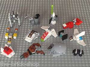 Belle collection de 13 Mini Vaisseaux LEGO Star Wars / vessels