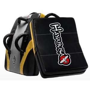 Hayabusa Pro Training Kick Shield   Black/Gold: Sports