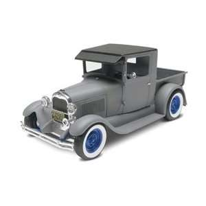 4932 Monogram 29 Ford Rat Rod 3n1 1/25 Scale Model Kit Toys & Games