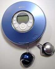 Blue ATRAC  CD Player Walkman & MDR Q22 Clip On Headphones Clean